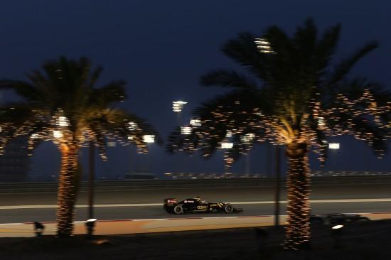 Nice night shot of Romain Grosjean on the Friday.