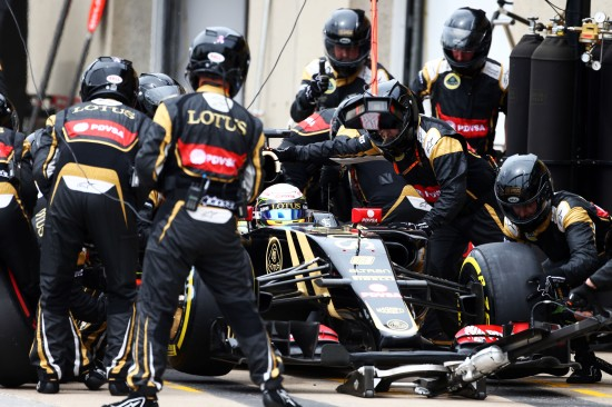 Romain Grosjean (FRA) Lotus F1 E23 makes a pit stop. Canadian Grand Prix, Sunday 7th June 2015. Montreal, Canada.
