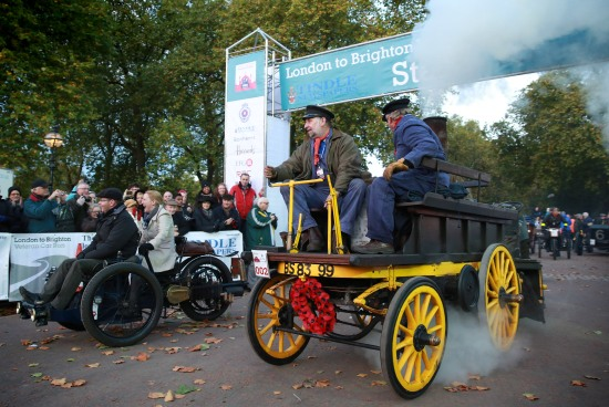 BRITAIN VETERAN CAR RUN IN PHOTO - Salvesen (steam) 1896The start in Hyde Park of the London to Brighton Veteran Car Run, Sunday, Nov. 3, 2013. Press Association Photo. Picture date Sunday November 3rd, 2013. Photo credit should read: Matt Alexander/PA Wire