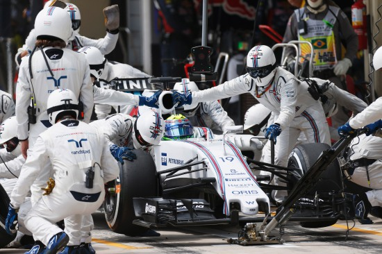 Interlagos, Sao Paulo, Brazil. Sunday 15 November 2015. Felipe Massa, Williams FW37 Mercedes, makes a pit stop. Photo: Glenn Dunbar/Williams ref: Digital Image W89P6552