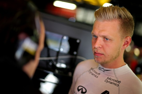 Kevin Magnussen (DEN) Renault Sport F1 Team. Spanish Grand Prix, Saturday 14th May 2016. Barcelona, Spain.