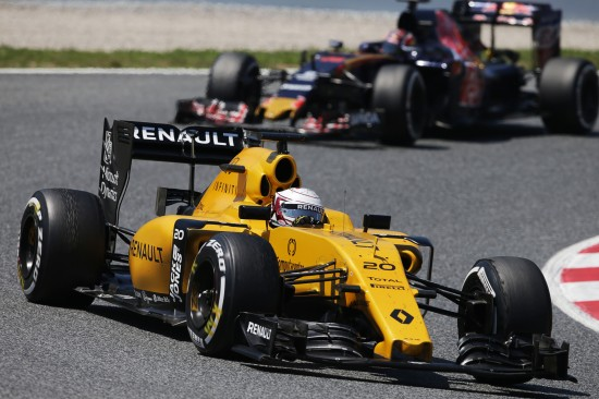 Kevin Magnussen (DEN) Renault Sport F1 Team RS16. Spanish Grand Prix, Sunday 17th May 2016. Barcelona, Spain.